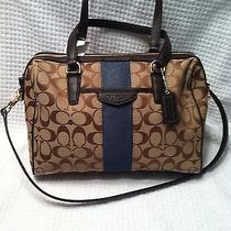 Nwt Coach Handbag/shoulderbag/pocketbook/satchel/purse Photo