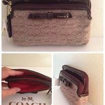 Nwt Coach Khaki Mahogany Signature Oxford Double Zip Wristlet 50165 Photo
