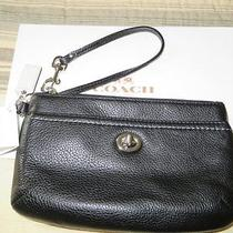 Nwt Coach Leather Medium Wristlet Mahogany Photo