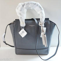 Nwt Coach Legacy Pebble Leather Mini Tanner 50486 / Graphite Photo