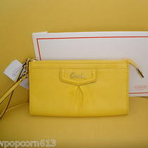 Nwt Coach Lemon Yellow Ashley Zip Leather Clutch Wristlet Wallet F48124 S/r 158 Photo