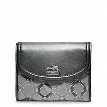 Nwt Coach Madison Dotted Op Art Medium Wallet F48538 Photo