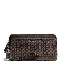 Nwt Coach Madison Needlepoint Double Zip Wallet Wristlet 50477 Lgt Gold/mahogany Photo