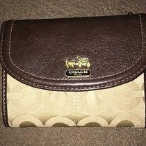 Nwtcoach Madison Op Art Medium Wallet  46643 B4/khaki/mahogany Photo
