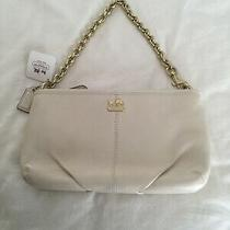 Nwt Coach Madison Parchment Leather Wristlet With Gold Chain/strap. Photo