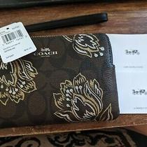 Nwt Coach Metallic Tulip Chestnut Brown Corner Zip Wristlet - F78095  Photo
