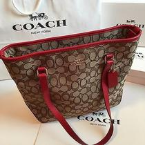 Nwt Coach Outline Signature Khaki/red Zip Top Tote Shoulder Bag F55364 Photo