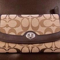 Nwt Coach Park Signature Turnlock Checkbook Wallet Khaki/mahogany 49145 Photo
