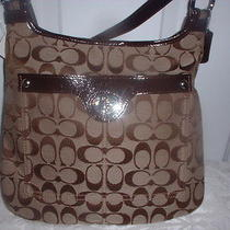 Nwt Coach Penelope  Signature Hippie Handbag Crossbody 16536 Khaki Mahogany Photo