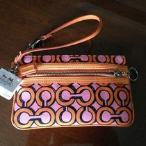 Nwt Coach Poppy 3d  Op Art Wristlet Melon/pink Photo