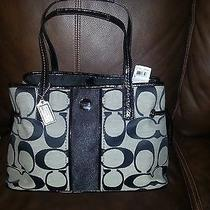 Nwt Coach Purse With All Original Tags. Original. Amazing Price Photo