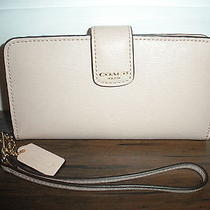 Nwt Coach Saffiano Iphone Wallet 66265 Peach/pink Photo