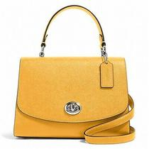 Nwt Coach Tilly Top Handle Satchel Classic Flap Leather Turn Lock Honey 76618 Photo