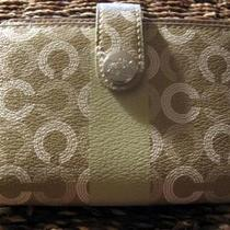 Nwt Coach Waverly Medium Wallet 43622 Khaki Photo