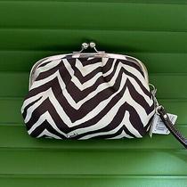 Nwt Coach Zebra Beige/mahogany Frame Kisslock Bag Wristlet Clutch 42988 Photo