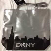 Nwt Dkny Women Silver Dark Weekender Tote Bag Purse Handbag New York Skyline Photo
