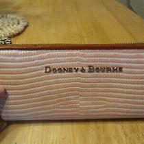 Nwt Dooney & Bourke Lizar Embossed Leather Continantal Zip Clutch Wallet Photo