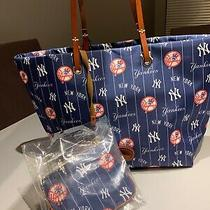 Nwt Dooney  Bourke Ny Yankees Addison Tote Bag Handbag & Wristlet Mlb 348 Photo