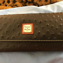Nwt Dooney & Bourke Pebble Grain Framed Continental Wallet Photo