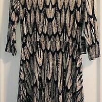 Nwt Express Black White Feather Causal Dress Medium Retail 39.95 Revolve Vici Photo
