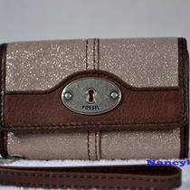 Nwt Fossil Maddox Phone Case Wristlet (Champagne) Photo
