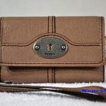 Nwt Fossil Maddox Phone Case Wristlet (Taupe) Photo