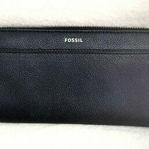 Nwt Fossil Tiegan Black Leather Zip Around Clutch Wallet Photo