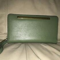 Nwt Fossil Women's Liza Olive Green Leather Zip Clutch Photo