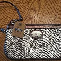 Nwt Fossil Wristlet Perfect Metallic in Metallic With Great Design   Nwt Photo