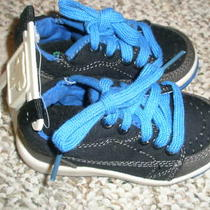 Nwt Gap Sneakers Shoes Boys Size 5 Photo