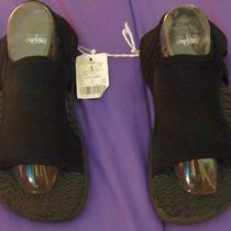 Nwt - Girls Mossimo Water Shoes - Size 1 Photo