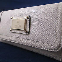 Nwt/guess Beautiful Wallet Perfect Gift Photo