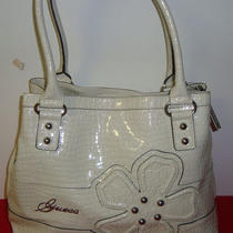 Nwt Guess Kersi  Large  Handbag   (Cream) Photo