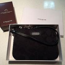 Nwt in Gift Box Coach Parker Signature Black Wristlet Photo