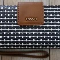 Nwt New Fossil Madison Zip Clutch  Wristlet Wallet  Black / White  78.00 Photo