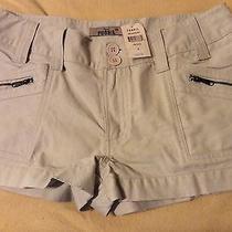 Nwt Original Fossil Ladies Size 6 Khaki Cotton Shorts Photo