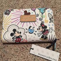 Nwt Perfect Placement Dooney & Bourke Sketch Wallet Mickey Minnie Castle Photo