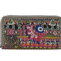 Nwt the Sak Sakroots Large Zip Wallet in Charcoal One World Print Photo