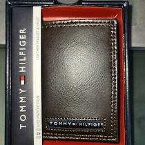 Nwt Tommy Hilfiger Brown Color Leather Multi Color Logo Trifold Wallet Rfid Photo