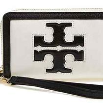 Nwt Tory Burch Jessica Ivory Black Zip Iphone Wristlet Leather Wallet Clutch 155 Photo