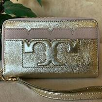 Nwt Tory Burch Scallop-T Metallic Smartphone Rose/gold Wristlet Great Gift Photo