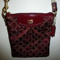 Nwt - Upscale Designer Popular Coach Crossbody Bag in Leather/damask 155  Photo
