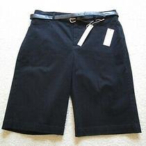 Nwt  Women's Gloria Vanderbilt Black Stretch Shorts  Size 6  30 X 11   Belt Photo