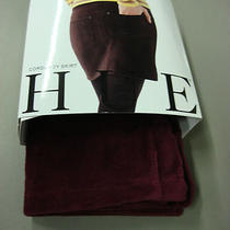Nwt Women's Hue Corduroy Skirt Size Medium 8-10 Merlot 457b Photo