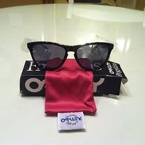 Oakley Frogskins Black  Photo