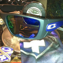 Oakley Fuel Cell Infinite Hero Collector Set Photo