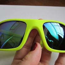 Oakley Fuel Cell Polarized Sunglasses/ Sport Accessories/ Neon Color Photo