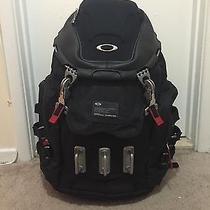 Oakley Kitchen Sink Backpack Photo