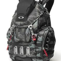 Oakley Kitchen Sink Backpack  Olive Camo  New With Tags Rare Discontinued Photo