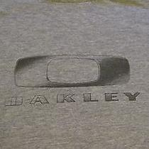 Oakley Men's Gray Tee With Name Graphics/logo Size Medium Photo